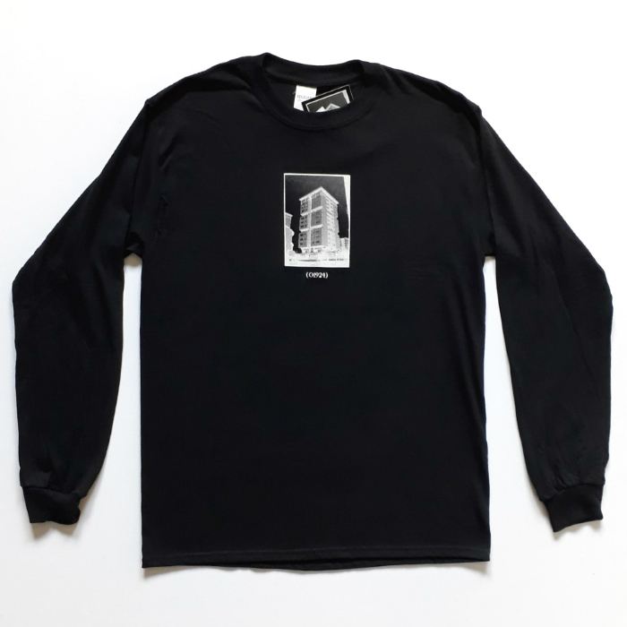 01924 - Resident Long Sleeve T-Shirt - Black
