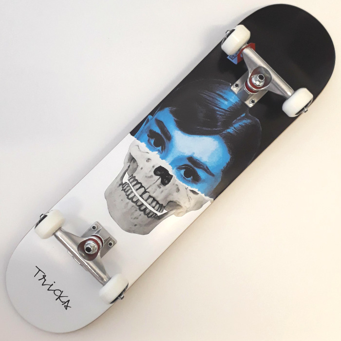 Tricks Skateboards - Skull - Complete Skateboard 8.00