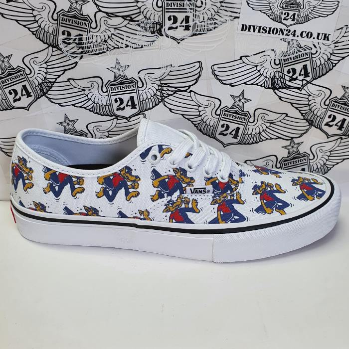 Vans - Authentic Pro Shoes - Skate Wolf / White