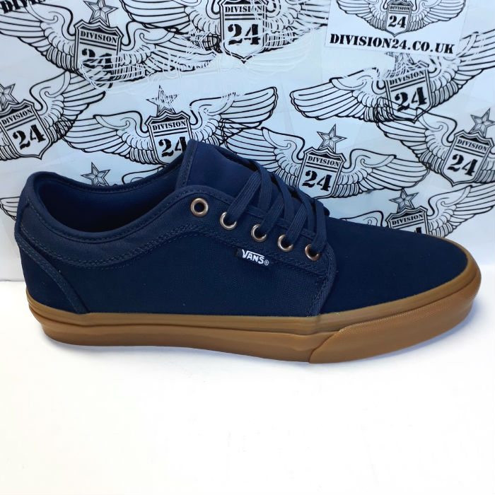Vans - Chukka Low Pro - Shoes - Dress Blue/Gum