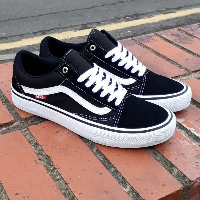 la carretera Guerrero Mansión  Vans - Old Skool Pro - Shoes - Black/White